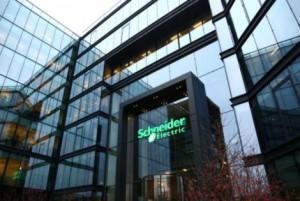 Schneider-Electric-exil-fiscal-2_630x421-601656-470x315